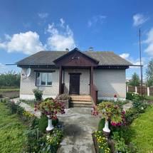 Дом в деревне Паперня